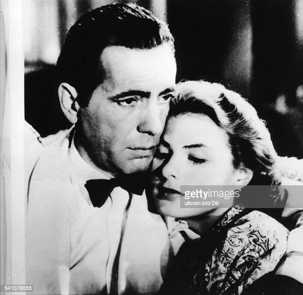 Schauspieler, USAmit Ingrid Bergman in einer Szene aus demFilm 'Casablanca'- 1943