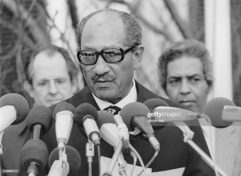 Anwar El Sadat : News Photo
