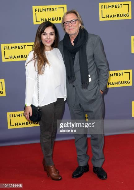 25Geburtstag Eröffnung FILMFEST HAMBUR am im CinemaxX Dammtor Volker Lechtenbrink mit Frau Guel UralAytekin
