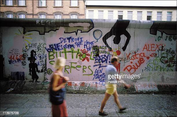 25th anniversary of the construction of the Berlin Wall in Berlin Germany In April 1986On the night of August 12 1961 the first bricks of the wall...