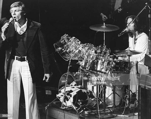 Richard and Karen Carpenter playing live on stage in London