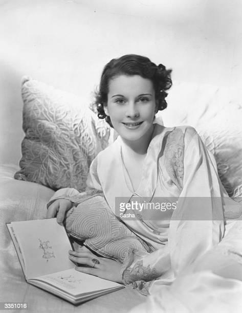 English actress Vivien Leigh relaxing at home