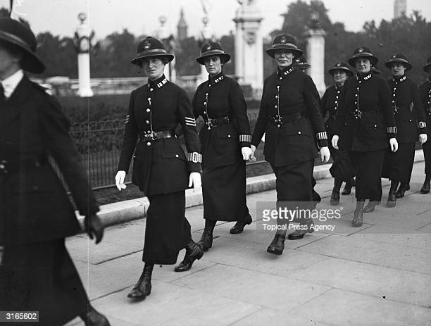 Members of the Women's Police Force arrive at Buckingham Palace London to attend a party for war workers