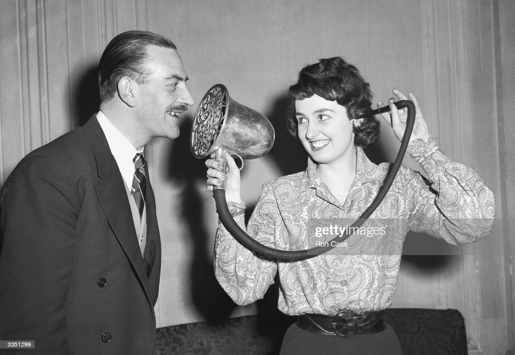 Ear Trumpet : News Photo