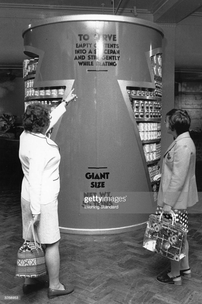 Giant Baked Beans : News Photo