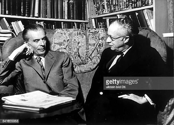 *26071894Schriftsteller Grossbritannienmit seinem Bruder Julian 1959