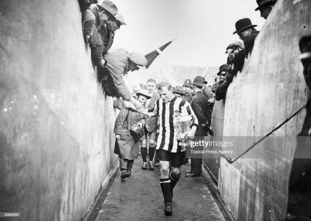 Newcastle Cup Glory : News Photo