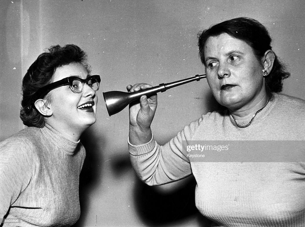 Two Deaf Women : News Photo