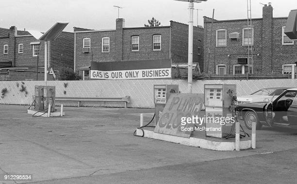 Gas crisis of 1979 A plywood sign in front of the gas pumps at a Texaco station in New York City reads 'pumps closed' due to the decreased oil output...