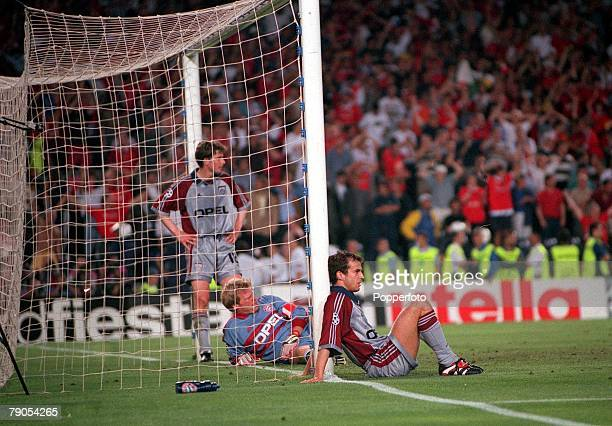26th MAY 1999 UEFA Champions League Final Barcelona Spain Manchester United 2 v Bayern Munich 1Bayern Munich players dejected in their goalmouth...