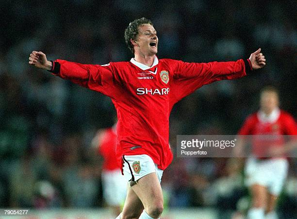 26th MAY 1999 UEFA Champions League Final Barcelona Spain Manchester United 2 v Bayern Munich 1 Manchester United's Ole Gunnar Solkskjaer ecstatic at...