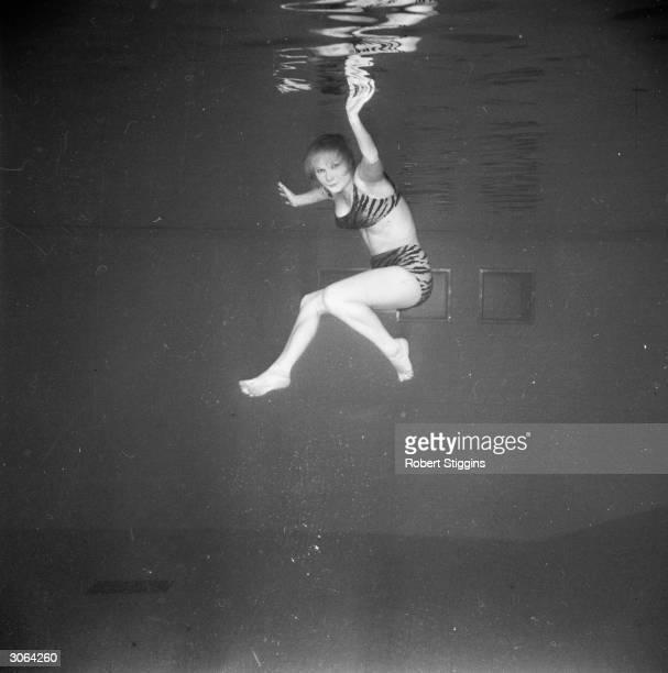 Underwater dancer Marjan Hopea.