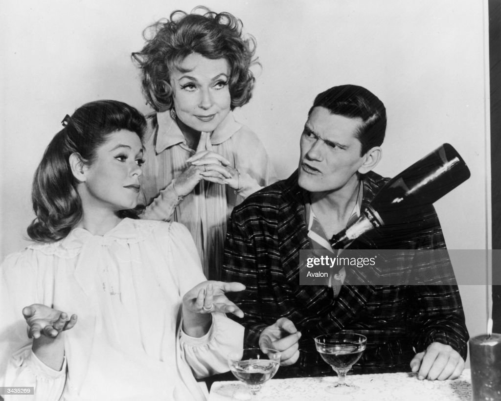 Bewitched Cast : News Photo