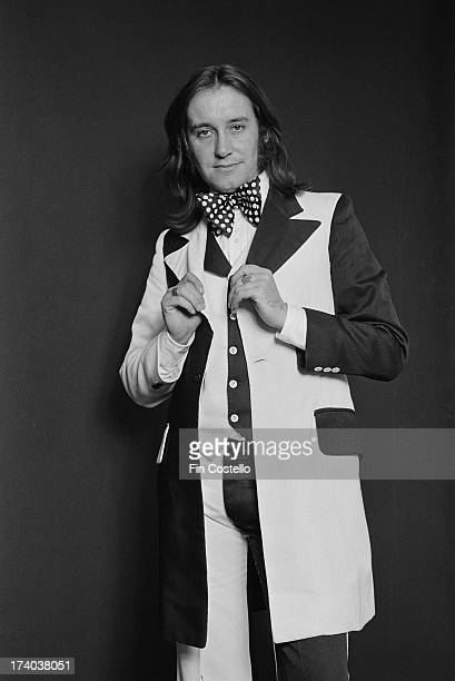 Les Gray from glamrock group Mud posed in London on 26th September 1973