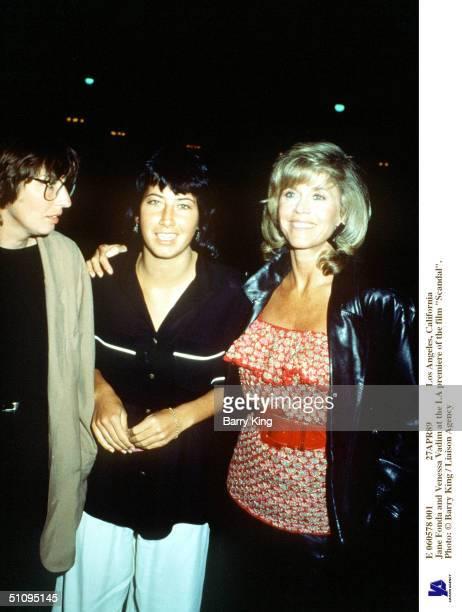 E 060578 001 27Apr89 Los Angeles California Jane Fonda And daughter Vanessa Vadim At The La Premiere Of The Film Scandal