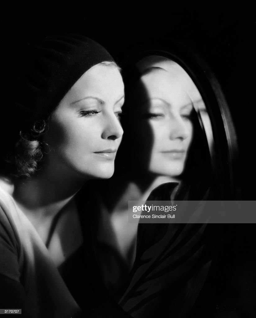 Swedish born actress Greta Garbo (1905 - 1990) as Irene Guarry in the film 'The Kiss', directed by Jacques Feyder, the last silent film Garbo made.