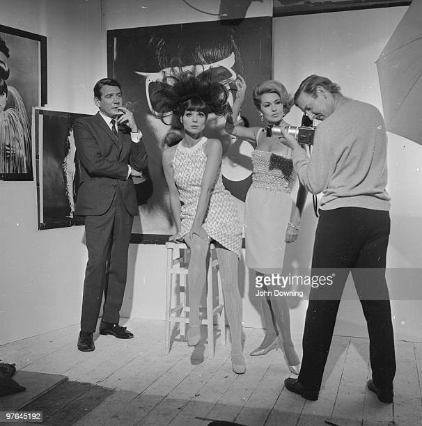 From left to right Gene Barry Elsa Martinelli Cyd Charisse and Leslie Phillips in a Chelsea studio to film a fashion shoot for the Paramount movie...