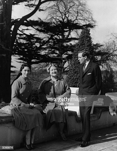 Princess Margaret Rose and Antony ArmstrongJones subsequently the Earl and Countess Snowdon with Queen Elizabeth The Queen Mother at The Royal Lodge...
