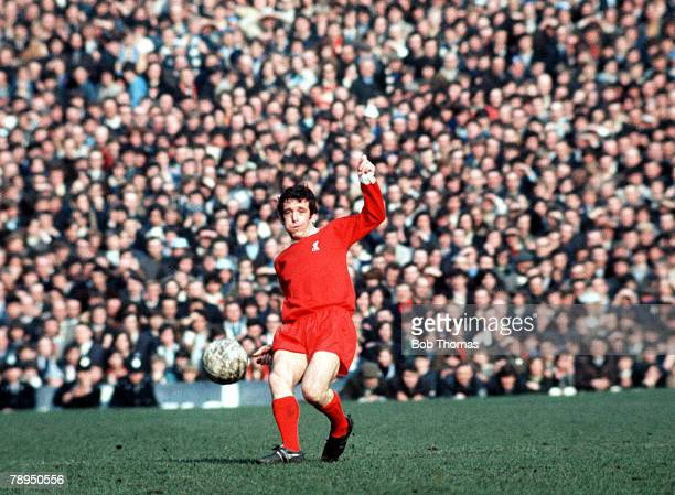 27th March 1971 Old Trafford Manchester FA Cup Semi Final Liverpool 2 v Everton 1 Liverpool's Ian Callaghan sends in a cross