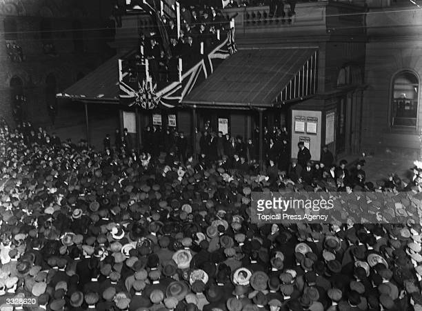 Leader of the Unionists and founder of the paramilitary Ulster Volunteer Force Edward Carson addressing an AntiHome Rule demonstration outside the...