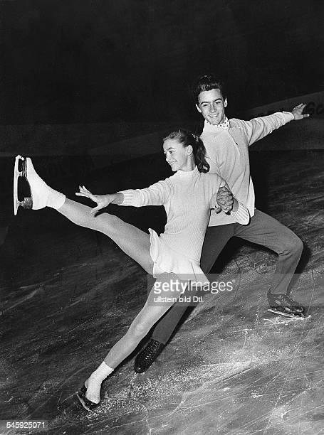 *Eiskunstläufer Dmit Marika Kilius auf dem Eis 1958