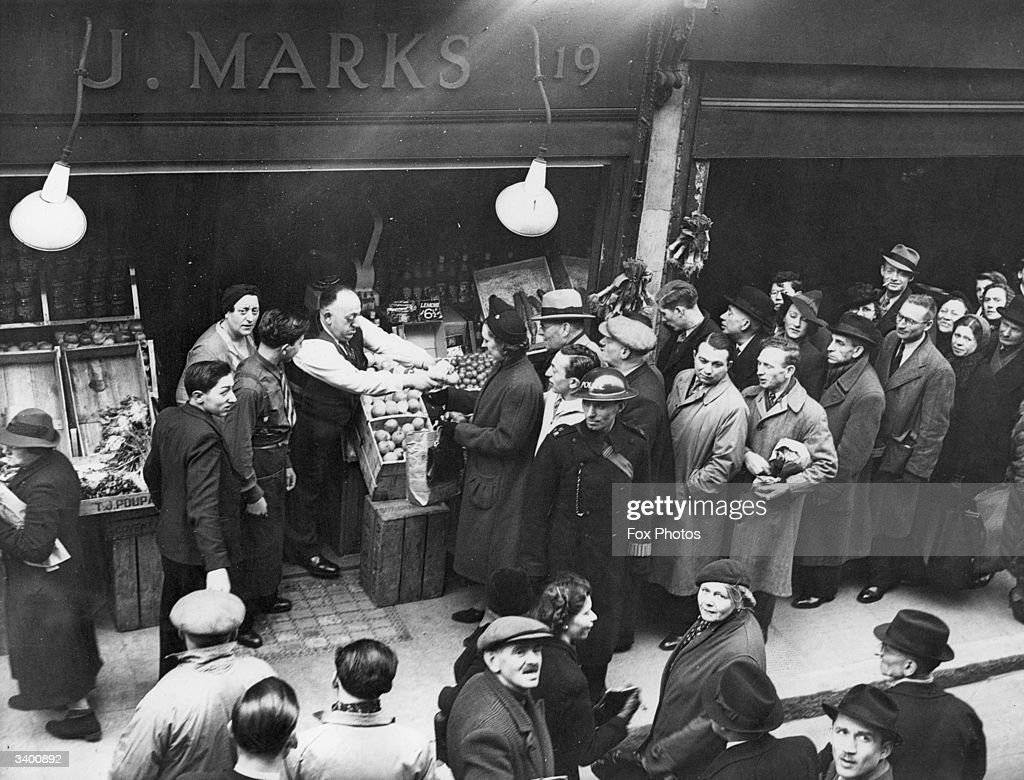 Grocer Of His A Marks For Jack Attracts Long Queue Customers eDHWE29IY