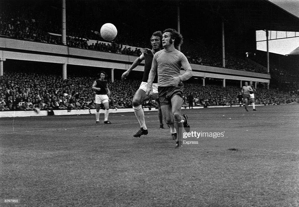 Everton V West Ham : News Photo