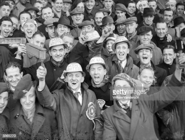 Manchester United FC football club fans Original Publication Picture Post 4516 A Team That Deserves The Cup pub 1948