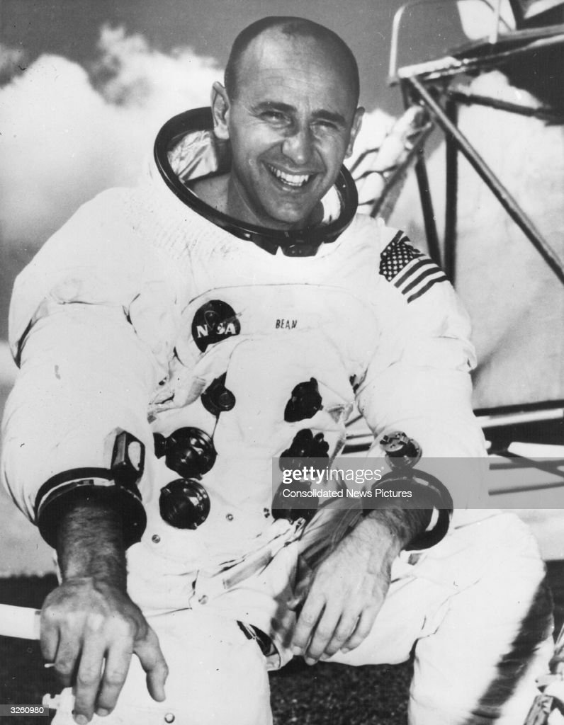 Astronaut Alan Bean Dies at 86