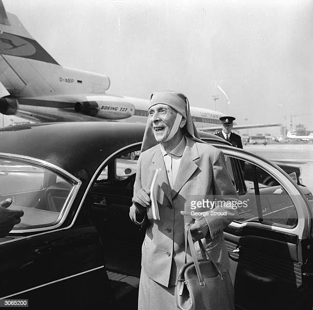 Princess Alice of Greece , the mother of the Duke of Edinburgh, at London Airport.