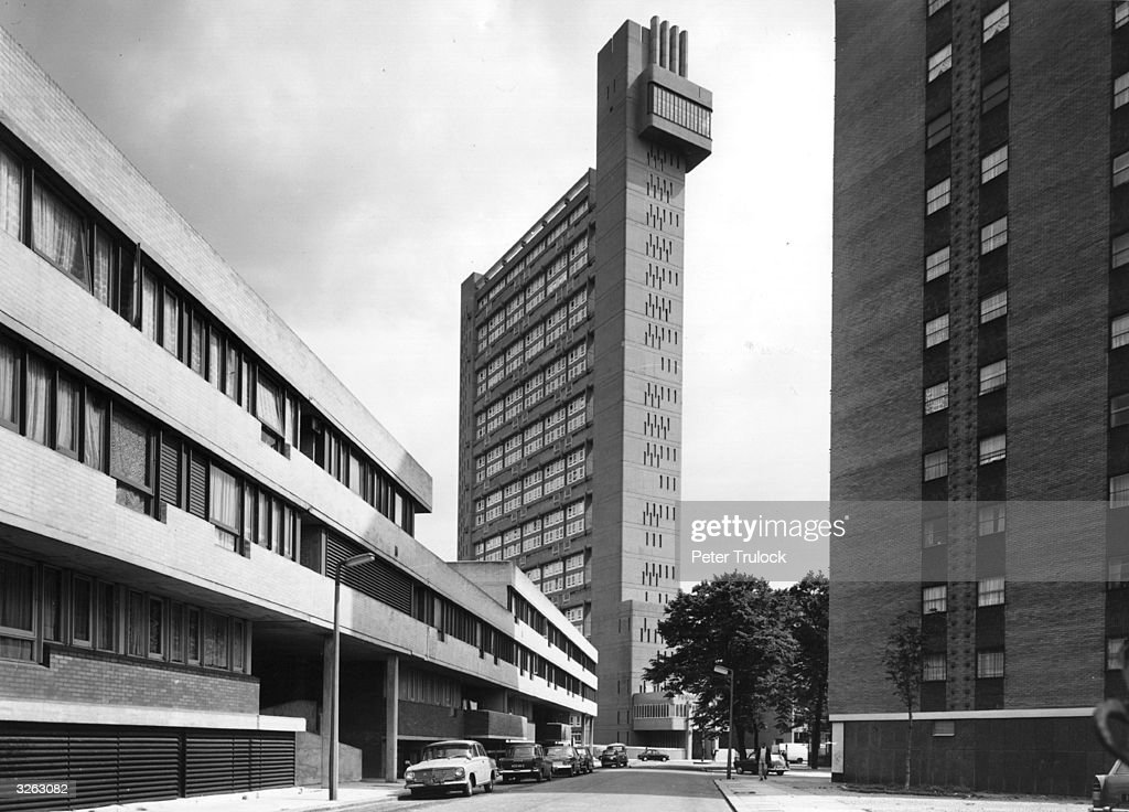Trellick Tower, a new tower block of flats, designed by Erno Goldfinger and built in Golborne Road, west London.