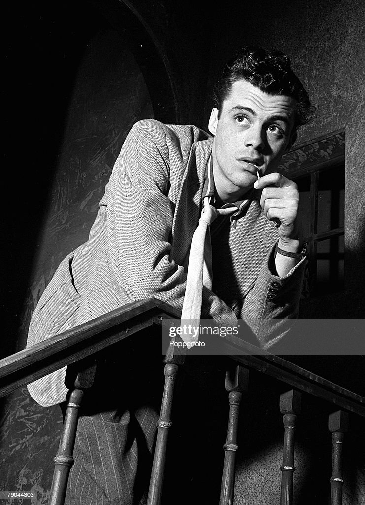 """28th May 1947. A picture of British actor Dirk Bogarde, who plays the spiv in the film """"Power Without Glory"""". : News Photo"""