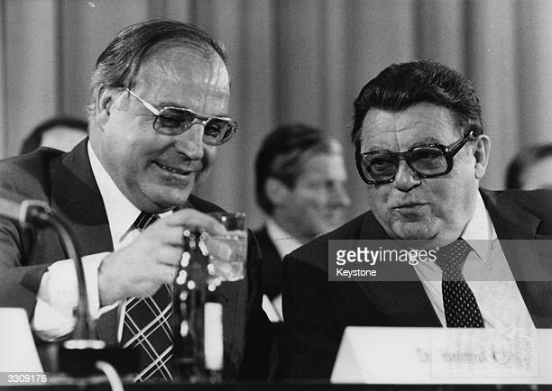 The CDU chairman Helmut Kohl with the CSU chairman FranzJosef Strauss at the CSU Party Congress