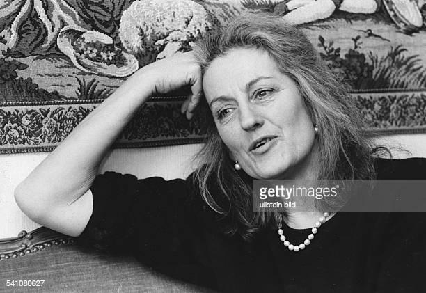 1939Schriftstellerin, Frauenrechtlerin, Australien- 1990