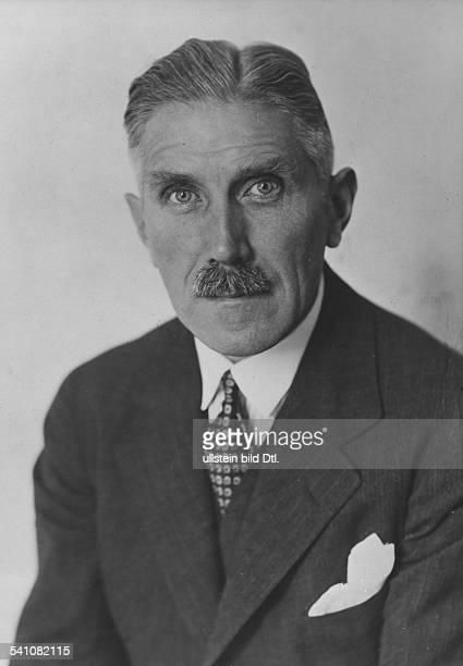 Diplomat, Politiker , DPorträt- undatiert, vermutl. 1930er Jahre