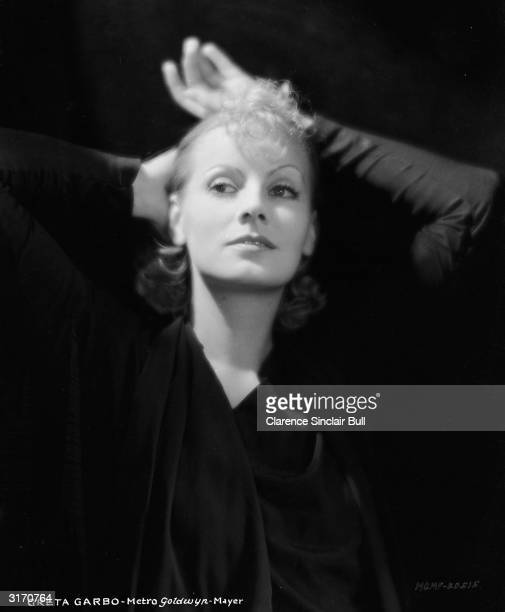 Swedish born actress Greta Garbo as Irene Guarry in the film 'The Kiss', directed by Jacques Feyder, the last silent film Garbo made.