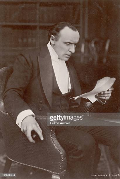 Actor H B Irving as Dr Jekyll in a scene from the play 'Dr Jekyll and Mr Hyde' Playwright J Comyns Carr