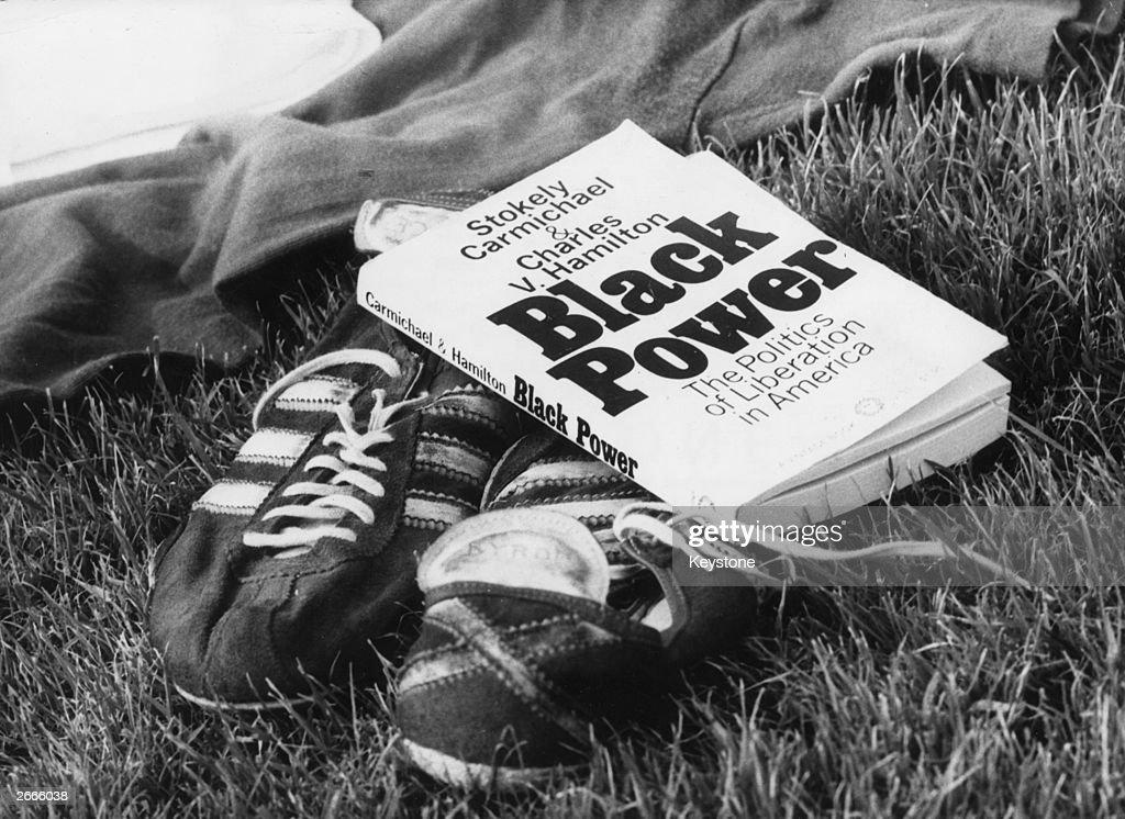 Black Power : News Photo