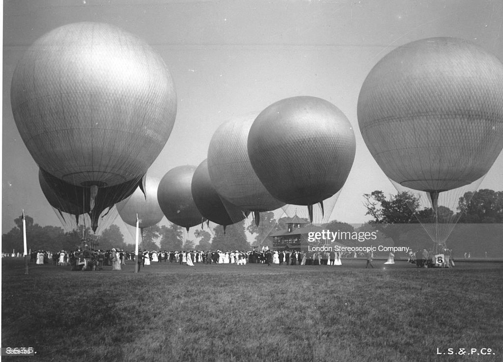 Hot-air balloons at a gathering at Ranleigh.