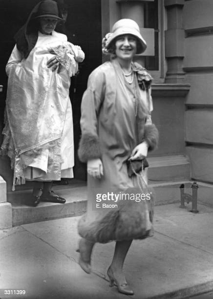 The Duchess of York leaving 17 Bruton Street on her way to the christening of her daughter Princess Elizabeth