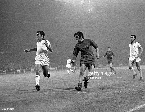 29th MAY 1968 European Cup Final Wembley London Manchester United v Benefica Manchester United's George Best scores his side's second goal to give...