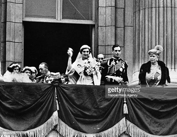 George Edward Alexander Kent after his marriage seen on the balcony of Buckingham Palace with Lady Mary Cambridge Princess Marina and HM King George...