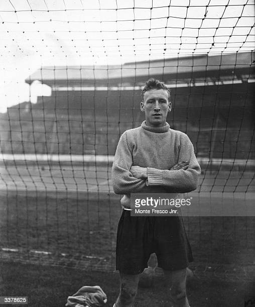Ron Baynham goal keeper for Luton Town FC and England