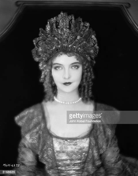 Lillian Gish plays the reallife Scottish heroine of the film 'Annie Laurie' directed by John S Robertson