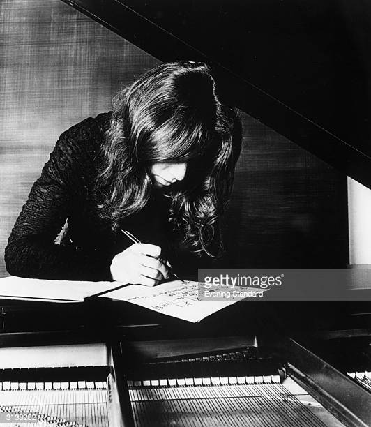 American singer and songwriter Carole King