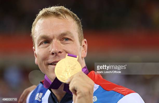 2nd August 2012 London 2012 Olympic Games Cycling Men's Team Sprint Track Cycling Final Sir Chris Hoy holds up his Gold medal
