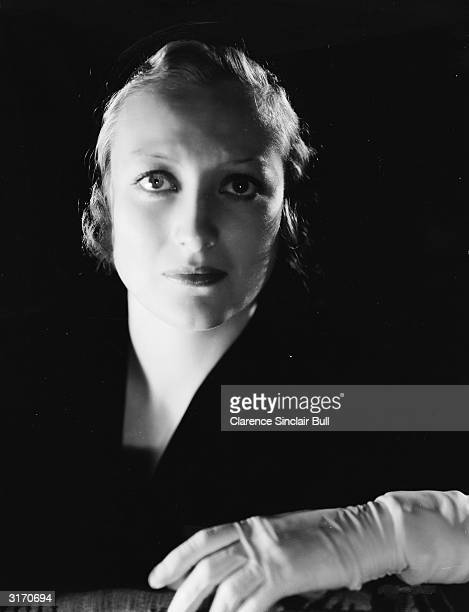 American actress Joan Crawford in character as Mary Turner in 'Paid', directed by Sam Wood.