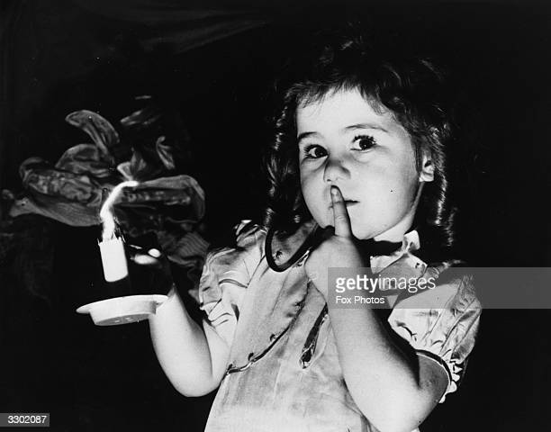 Threeyearold Diane Hunter during the dress rehearsal of 'Babes In The Wood' at the Empire Leeds She is the youngest member of an allchild cast...