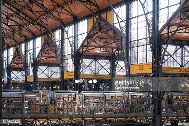 2nd floor of grand central market,budapest - emreturanphoto stock pictures, royalty-free photos & images