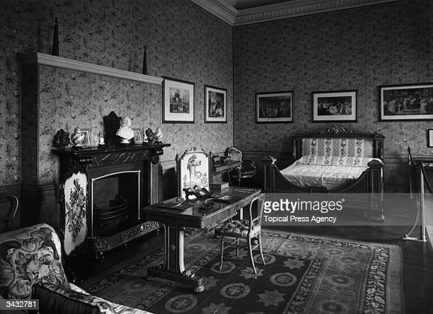 The bedroom of the first Duchess of Kent at the State Apartments Kensington Palace Queen Mary was born in this room
